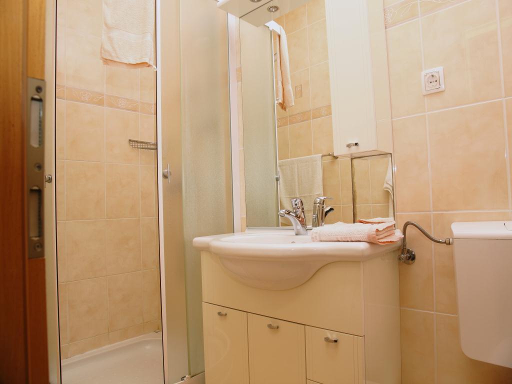 apartman_2_4_20111222_1733390110